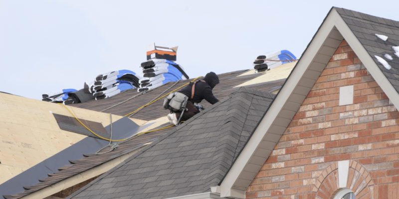How An Expert Will Assist You To Manage Roofing Oklahoma City?